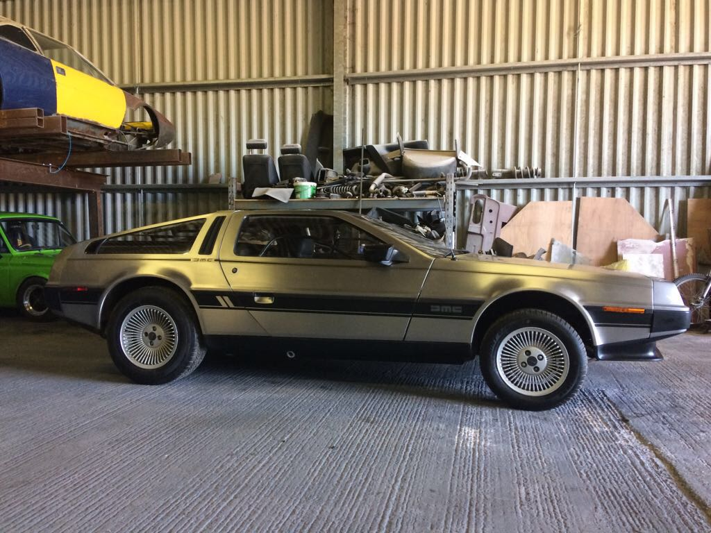 delorean-b2.jpg